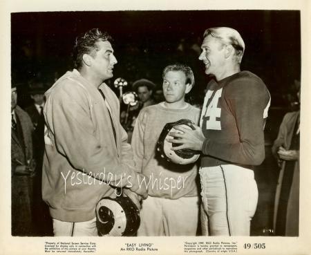 Lizabeth SCOTT Victor MATURE 2 Easy Living c.1949 RKO Movie Photos Football