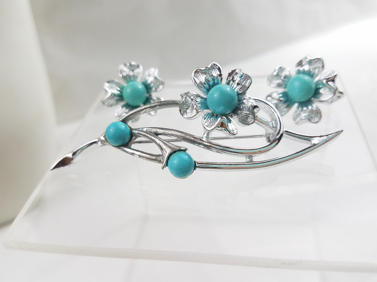 Sarah Coventry Brooch Earrings Set Blue Beads Silver Flowers Costume Jewelry VTG