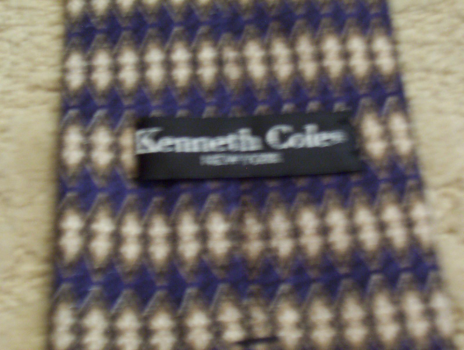 Kenneth Cole New York Men's Neck Tie Silk Diamond Pattern Navy Tan White EUC
