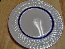 Shenango China G-34 9 inch Dinner Plate Laurel Rim Gold Trim Cobalt Blue... - $8.91