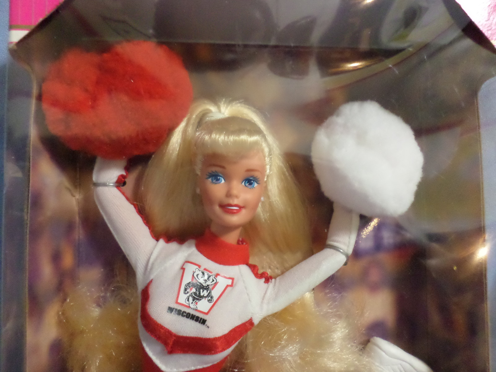 Mattel Barbie Doll University Wisconsin Cheerleader 1996 red white uniform H