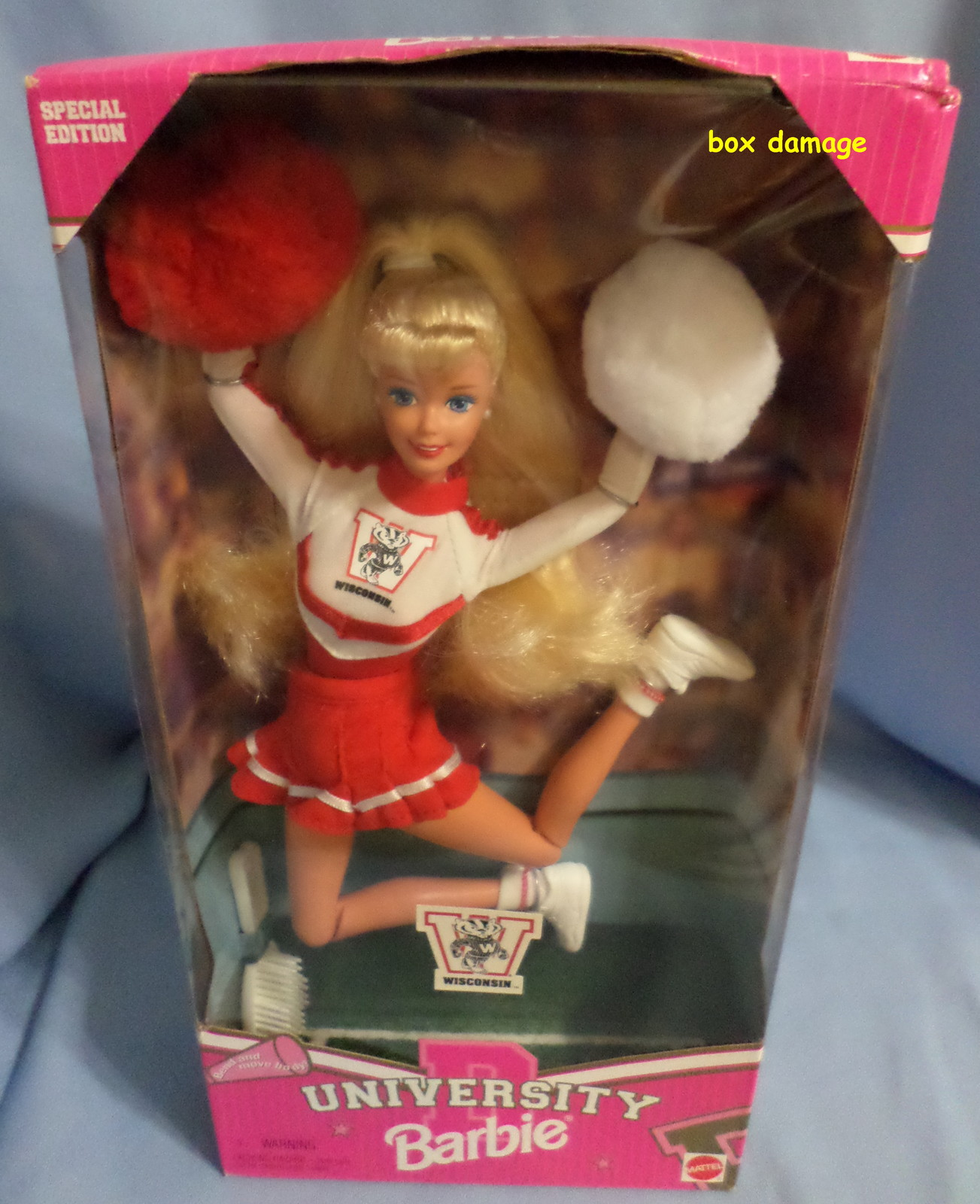 Mattel Barbie Doll University Wisconsin Cheerleader 1996 red white uniform H28