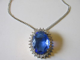 "Vintage Avon ""Creation In Blue"" Faceted Glass Pendant Necklace / Brooch ... - $19.99"