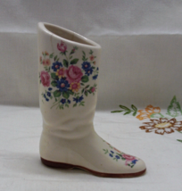 Vintage Porcelain Cottage Chic Shabby Boot Vase / Wild Flowers / Decorat... - $8.50