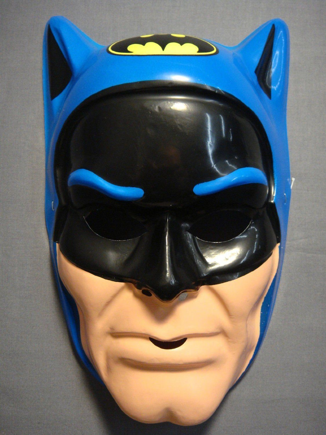 Primary image for BLUE DC COMICS BATMAN HALLOWEEN MASK PVC KID SIZE ONE SIZE FITS MOST