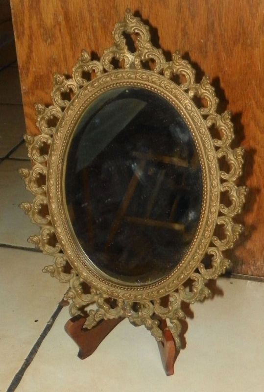 Small brass decorative mirror mirrors for Small decorative mirrors