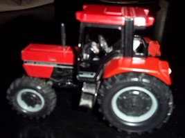 CASE INTERNATIONAL 956XL 4x4 TRACTOR with 3-POINT HITCH - 1/32 scale - $9.89