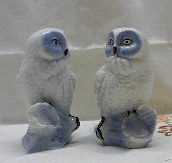 Vintage Porcelain Blue & White Owl Figurines // Two Owl Bird Figurines