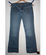 L.E.I. Juniors Lo-Rise Flare Leg Stretch Jeans  SZ 9    As New Condition - $6.99