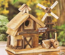 Barnyard Wood Birdhouse