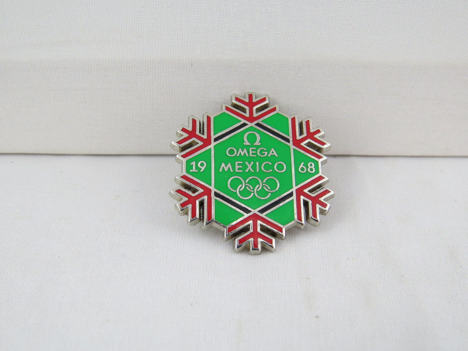 Vancouver Winter Olympic Games Pin - Omega Mexico City Promo pin -Event Giveaway