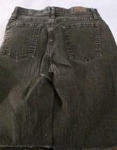 Lee Womens Size 10 Short Faded Black Classic Fit Straight Leg J EAN S Shorts (C) - $13.00