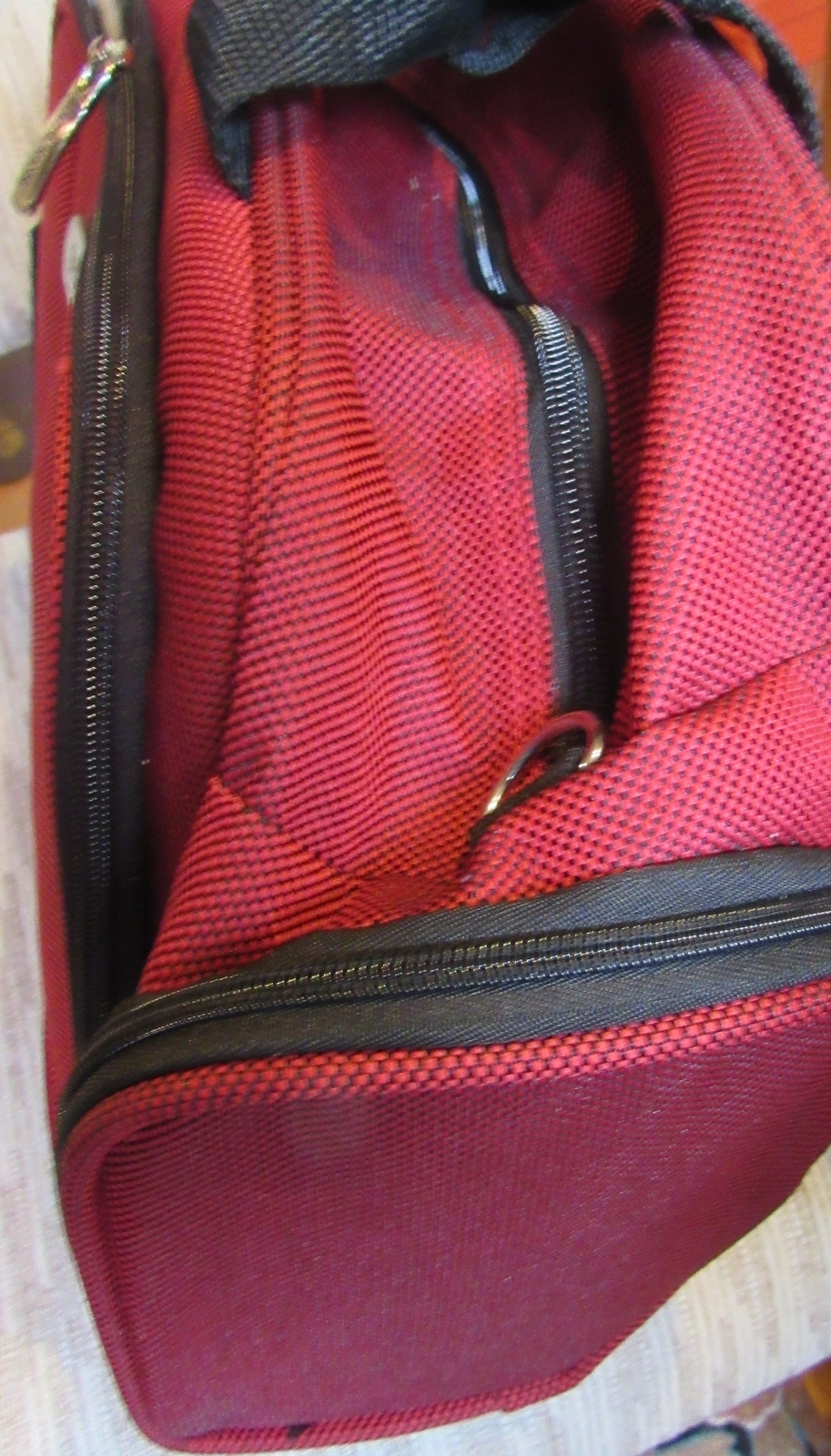 """KENNETH COLE """"DOUBLE TIME"""" SOFT TRANSPORT TOTE RED SOLID LIFETIME WARRANTY NEW"""