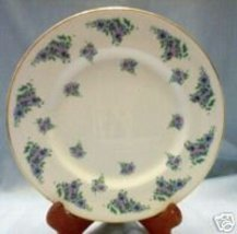 Royal Victoria ROV3 Salad Plate Bone China England - $11.99