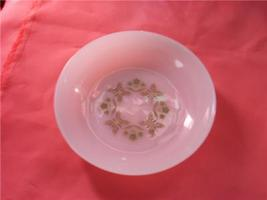 ANCHOR HOCKING DINNERWARE USA BOWL GREEN FLORAL LEAVES - $7.99