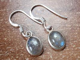 Small Labradorite Oval Ellipse 925 Sterling Silver Dangle Earrings New 760L - $11.87