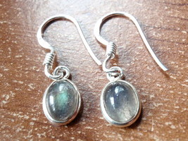 Small Labradorite Oval Ellipse 925 Sterling Silver Dangle Earrings New 760j - $11.87