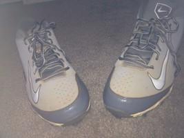 NIKE Huarache FastFlexMen's Sports Cleats Sz 11 Gray Athletic Shoes - $31.28