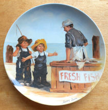 """1 Vintage First Issue Mint Collector Plate Bradex Knowles """"Fish Story"""" P... - $9.99"""