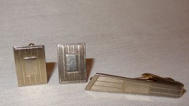Vintage Cufflink Tie Clip Set Metal Rectangle Horizontal Lines Silver Tone - $36.83