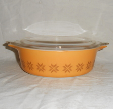 PYREX #471 Town and Country 1 Pint Cinderella Casserole Dish - $19.95