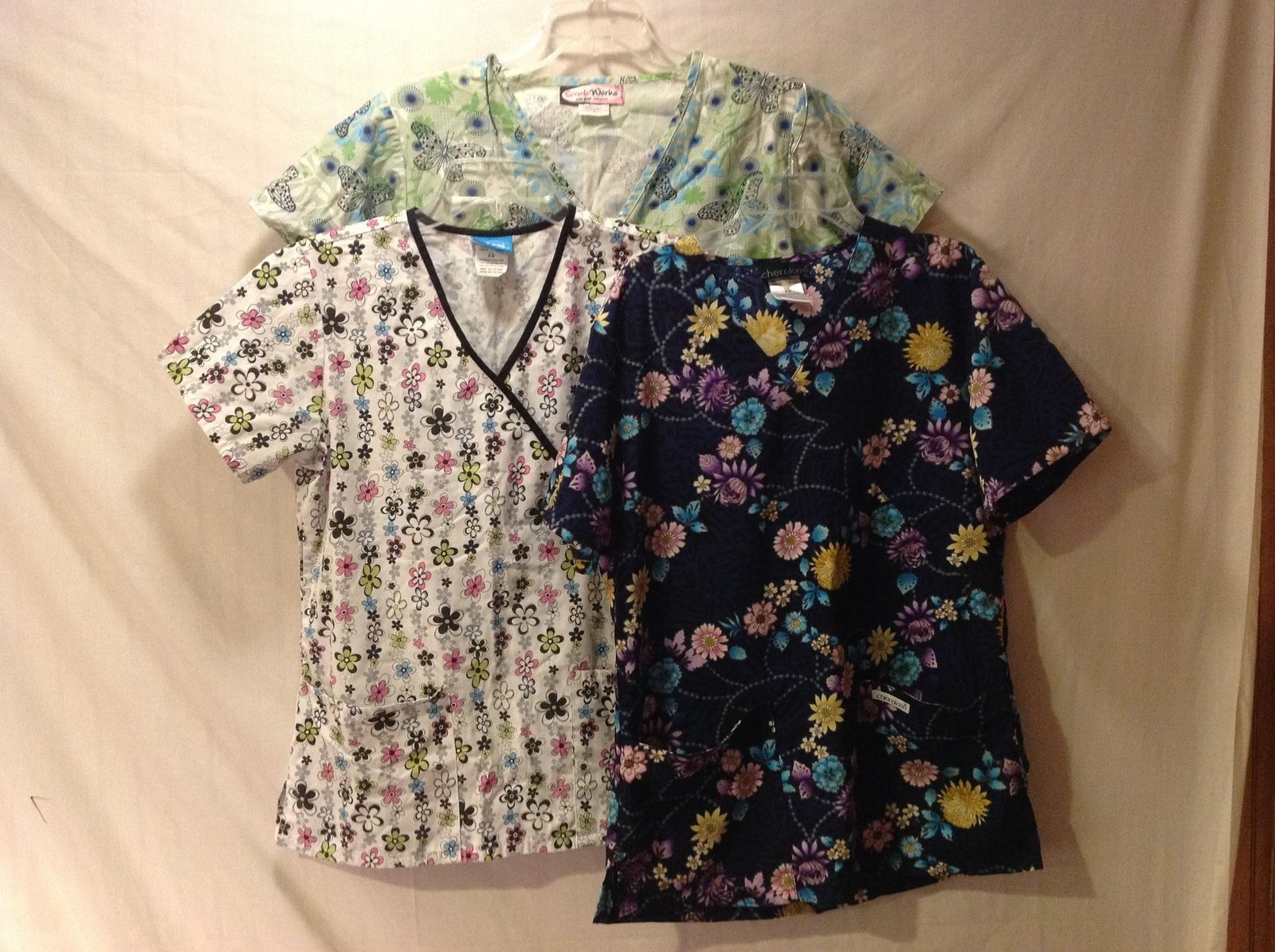Set of 3 Gently used Woman Scrub Tops, Size XS