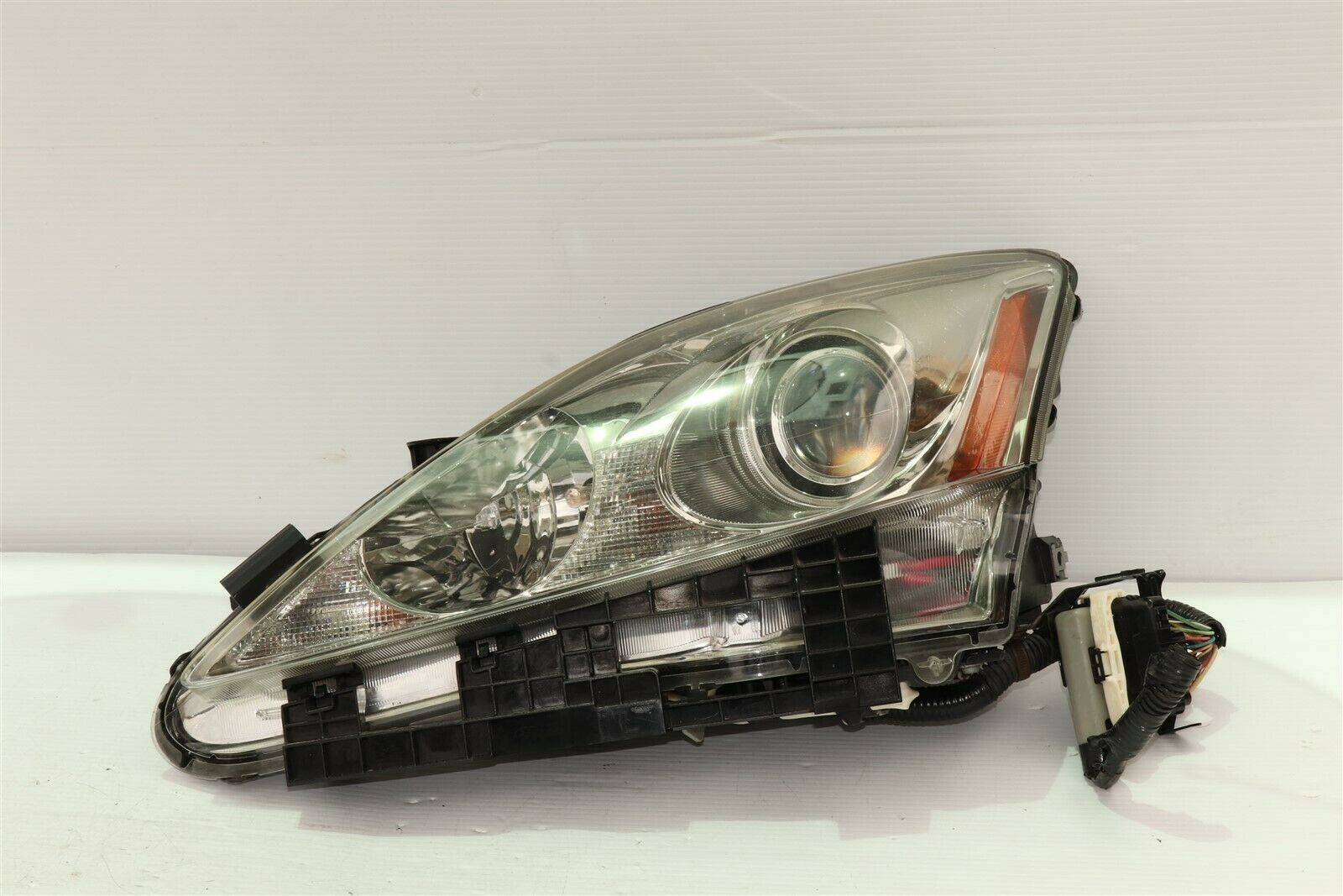 06-08 Lexus iS250 iS350 XENON HID Headlight Lamp Driver Left LH