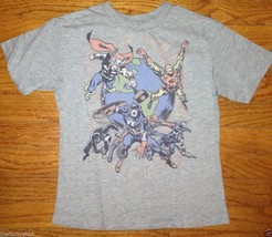 New Authentic Junk Food Marvel Comics Avengers Boys T-Shirt in Gray - $22.31