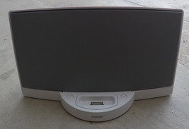 Bose SoundDock White - No Adapter or Remote - Untested - $19.99