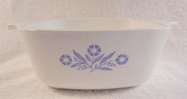 Corning Ware 48 Ounce Casserole Pot with Blue Cornflowers CorningWare