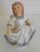 "Goebel Weihnacht 7"" Musical Angel Figurine Plays White Christmas - $39.59"