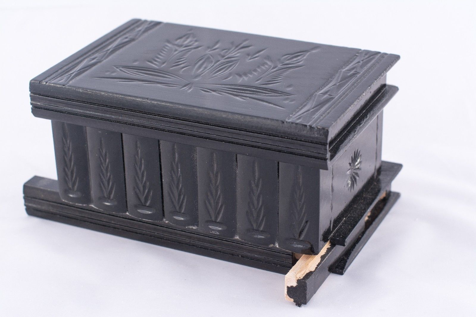 Impossible lock box wooden carved black jewelry keepsake for Wooden box tutorial