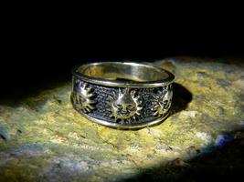 SILIBO ALCHEMICAL POWER SUN & WATER Antique Magickal Ring izida haunted ... - $434.00