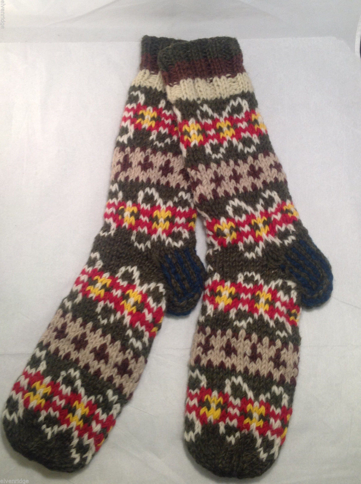 Socks Hand-Knit in Nepal Unisex Men Women Green Brown Red Patterned Colored