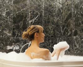 Woman sudsy tub thumb200
