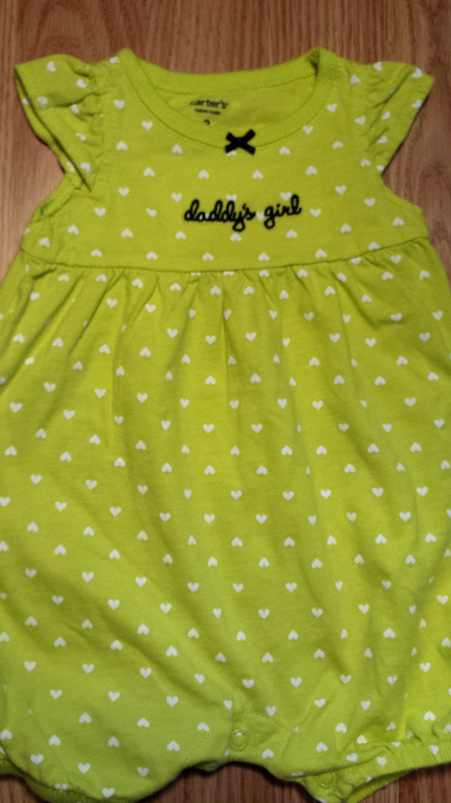 """Girl's Size 3 M 0-3 Months One Piece Carter's Green Heart """"Daddy's Girl"""" Romper"""