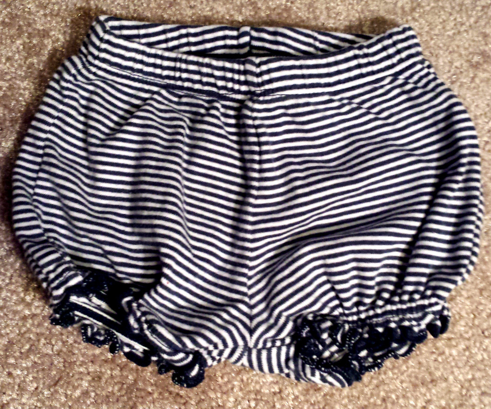 Girl's Size 3 M 0-3 Months 2 Pc Carter's Black/ White Striped Dress & Bloomers