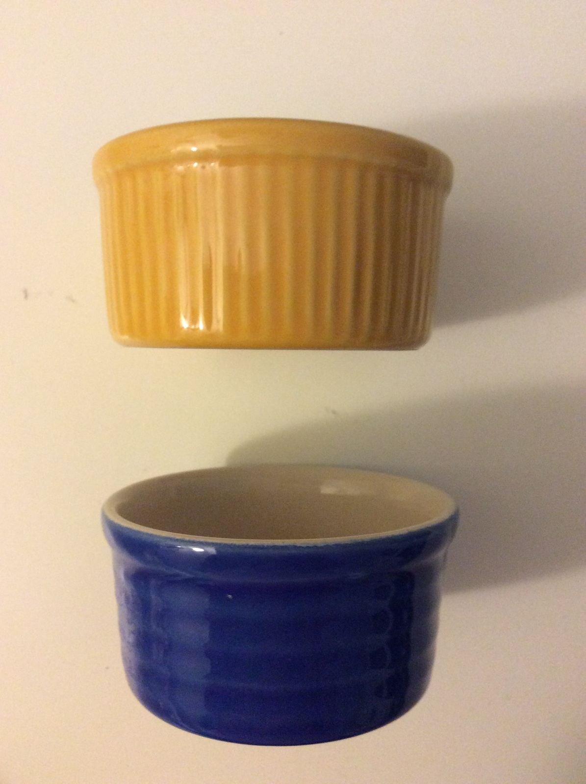 Emile Henry Made in France set of 2 Ramekins Yellow 10.08 & Blue 10.66