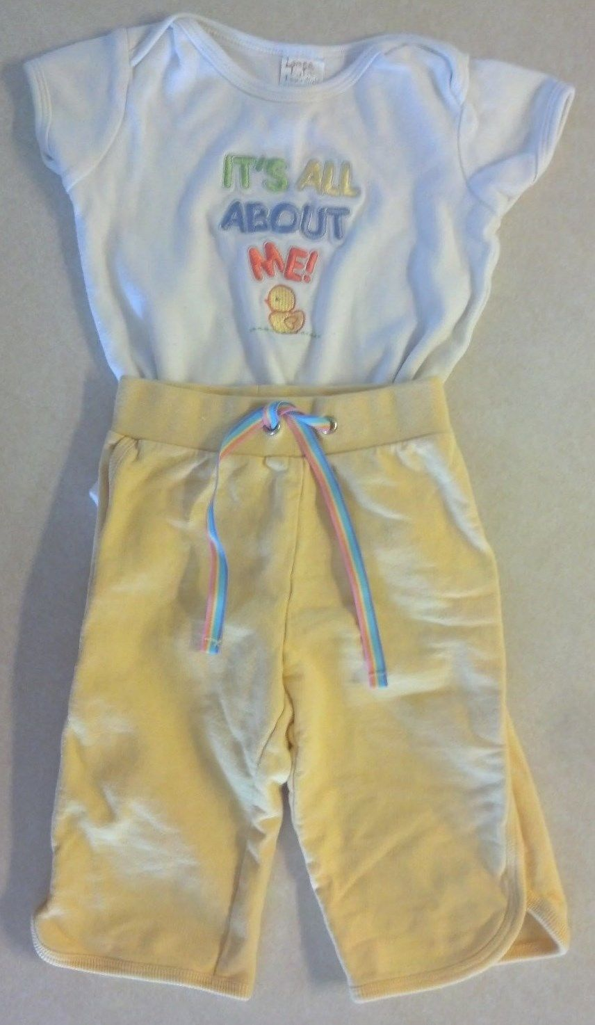 """Girl's Sz 6 M 3-6 Month Two Piece Outfit """"It's All About Me"""" Duck Top & Pants"""
