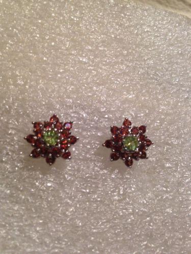 Vintage Filigree Garnet and Peridot 92.5% Sterling Silver Flower Stud Earrings