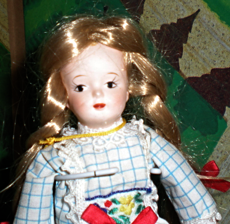 Playtown Dolls -The Porcelain Collection International Series  Holland