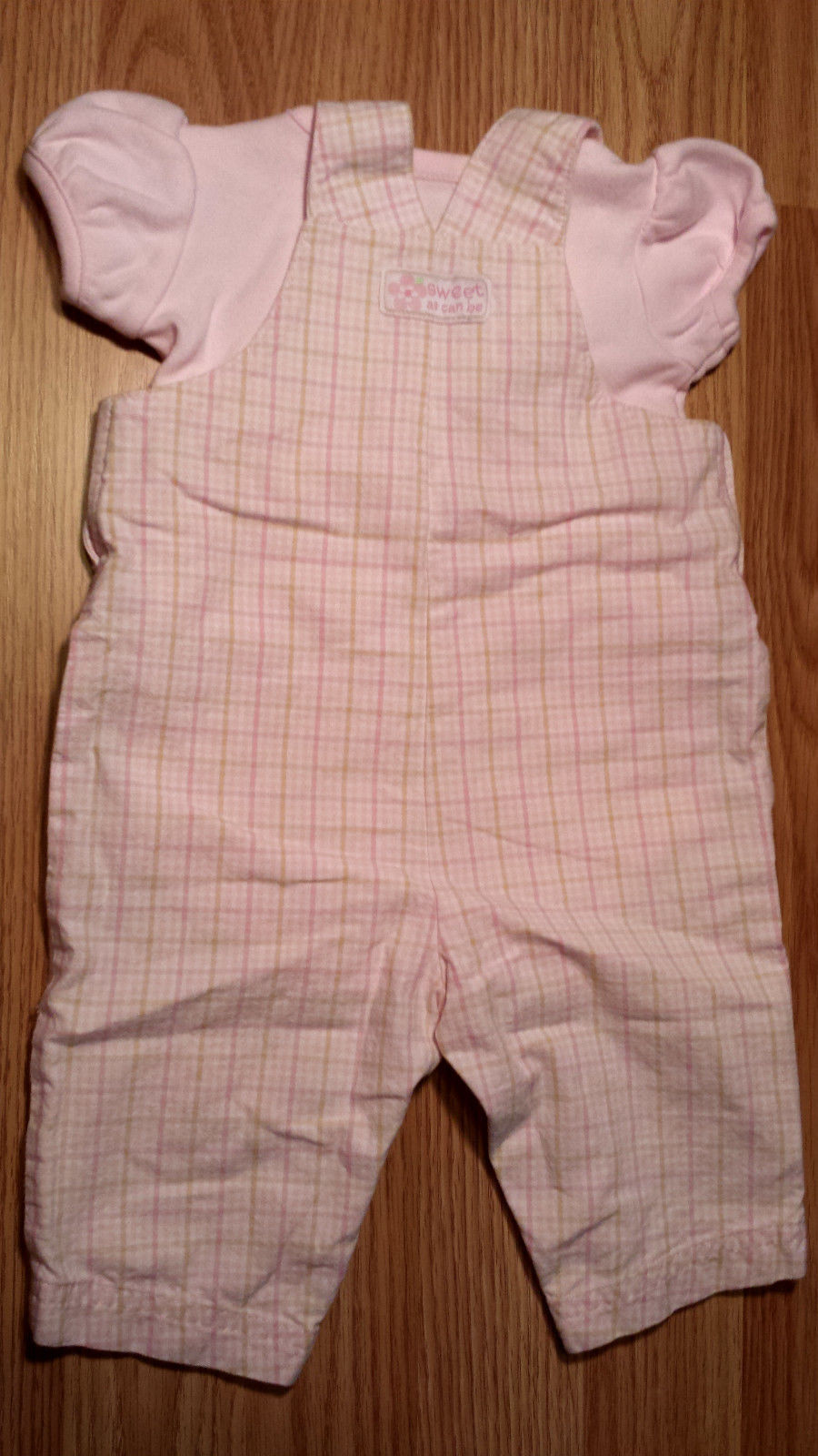 Girl's Size 0-3 M Months Two Piece Carter's Pink Sweet As Can Bee Suspender Set