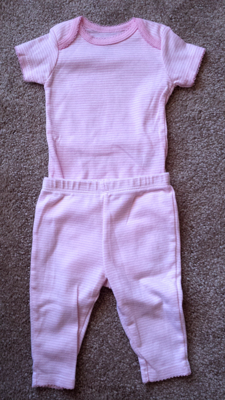 Girl's Size 0-3 M Months Two Piece Carter's Pink/ White Striped Top & Pants Set