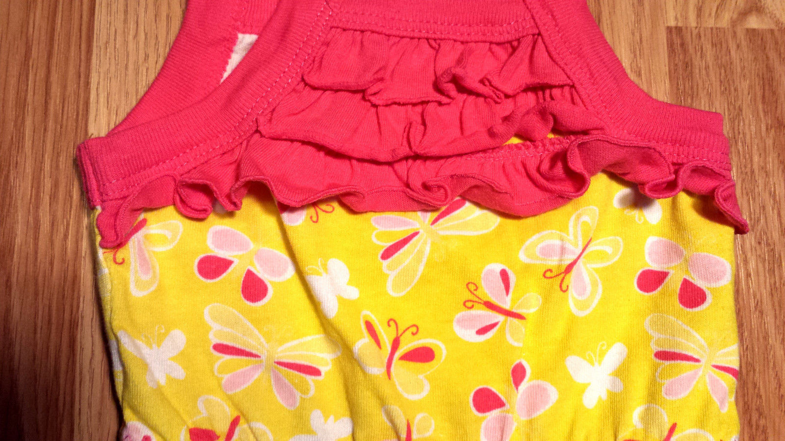 Girl's Size 0-3 M Months One Piece Yellow/ Pink Kidgets Butterfly Shorts Romper