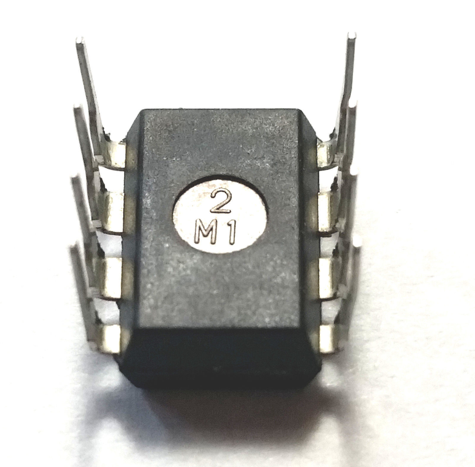 30 x Texas Instruments LM386N-1  Free Shipping - New and Authentic - USA Seller