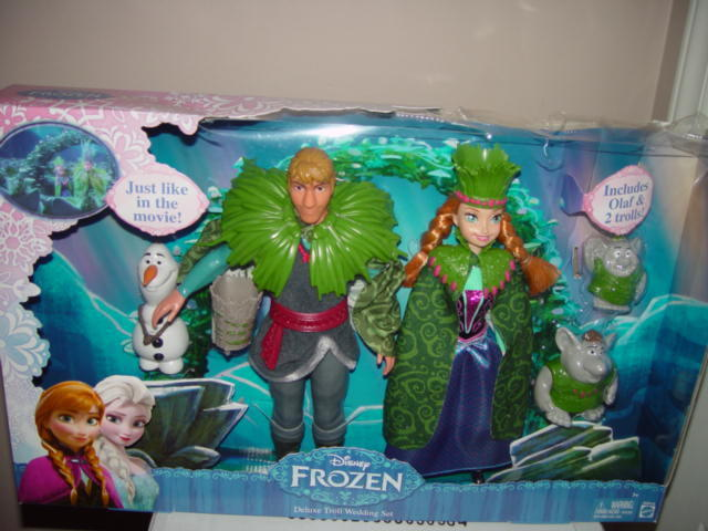 Disney Frozen Deluxe Troll Wedding Set Just Like In The Move