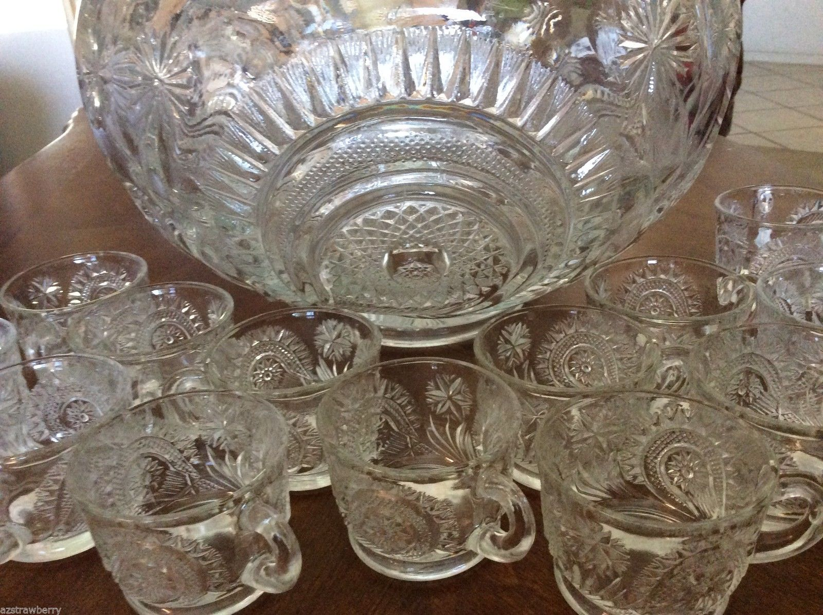 L E Smith Clear Glass Clear Pinwheel & Star Slewed Horseshoe 17pc Punch Bowl Set