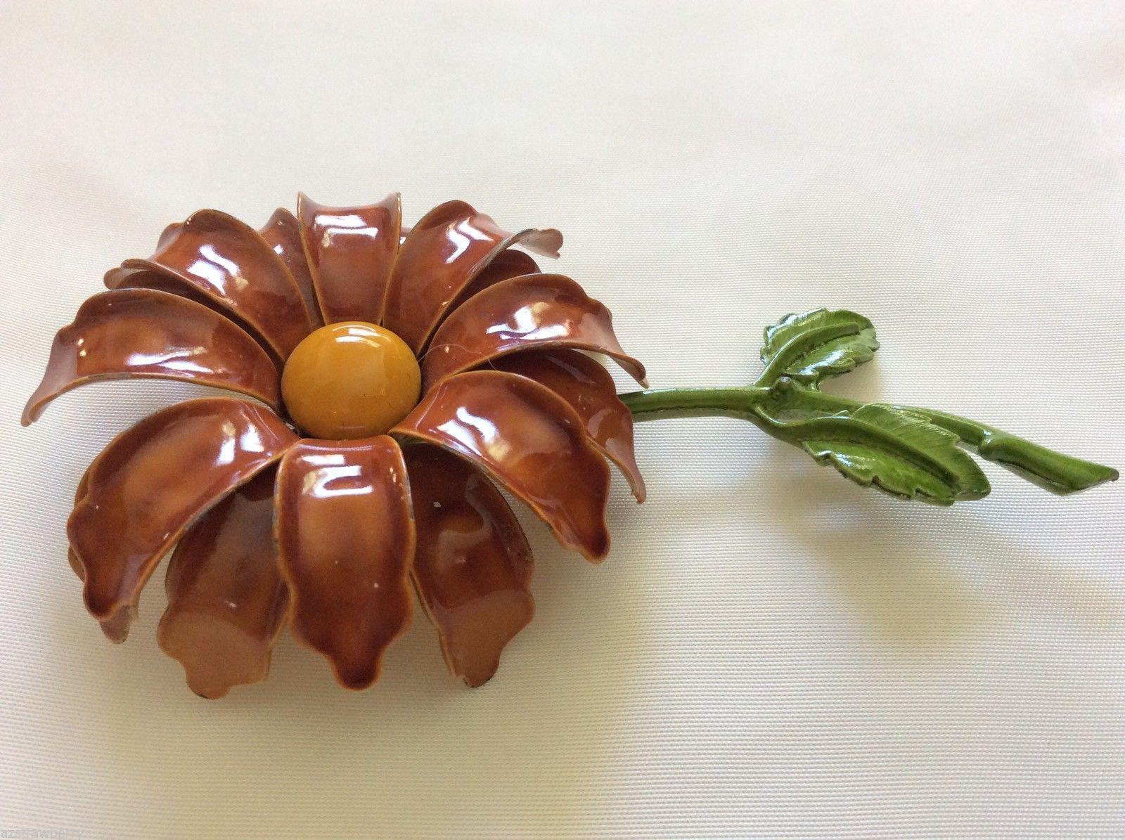 LARGE BROWN GREEN YELLOW METAL  ENAMEL FLOWER PIN BROOCH