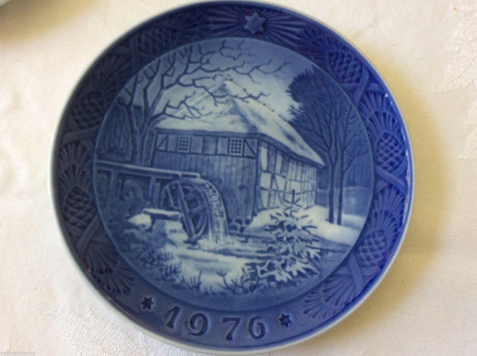 Lot Of 3 Vintage 1968-77 Royal Copenhagen Blue porcelain Annual Christmas Plates
