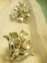 Vintage Floral Rhinestone Silver Tone Clip On Earrings Estate Costume Je... - $24.95